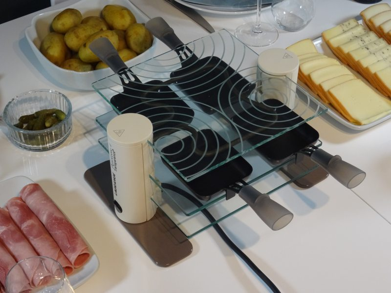 appareil raclette 4 personnes lagrange transparence raviday fromage. Black Bedroom Furniture Sets. Home Design Ideas