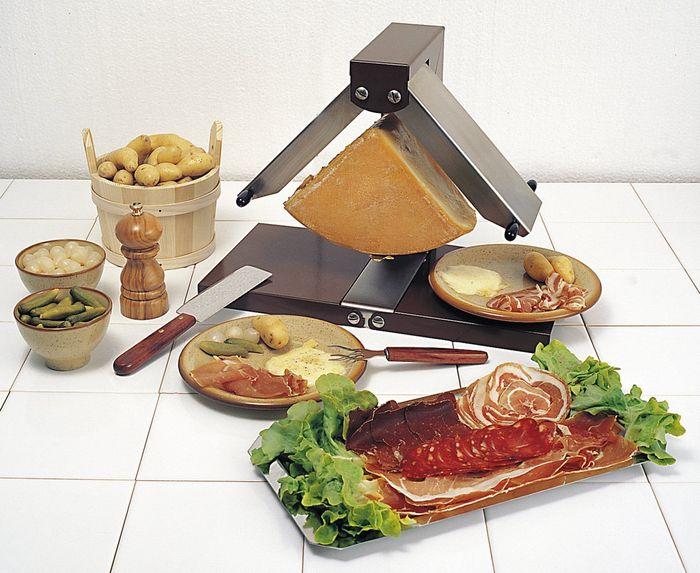raclette br zi re appareil raclette traditionnel pour. Black Bedroom Furniture Sets. Home Design Ideas
