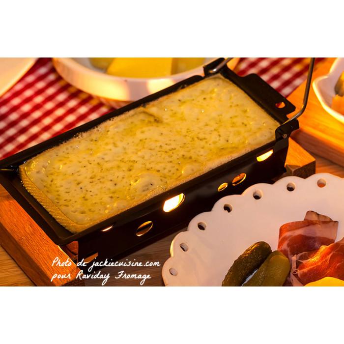 Service raclette avec bougies pour 2 personnes partyclette boska life - Coupe fromage a raclette ...